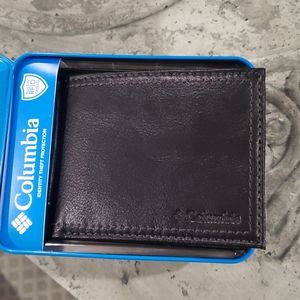💥 COLUMBIA LEATHER WALLET